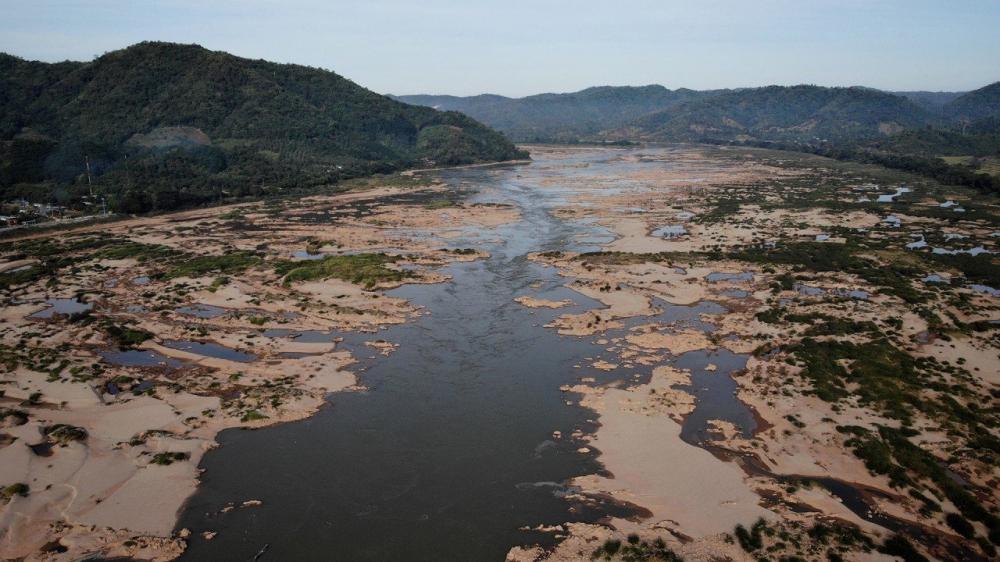 Tác động của việc cắt giảm dòng chảy được nhận thấy ở Chiang Saen, một huyện miền bắc Thái Lan cách đập thủy điện Cảnh Hồng khoảng 300km
