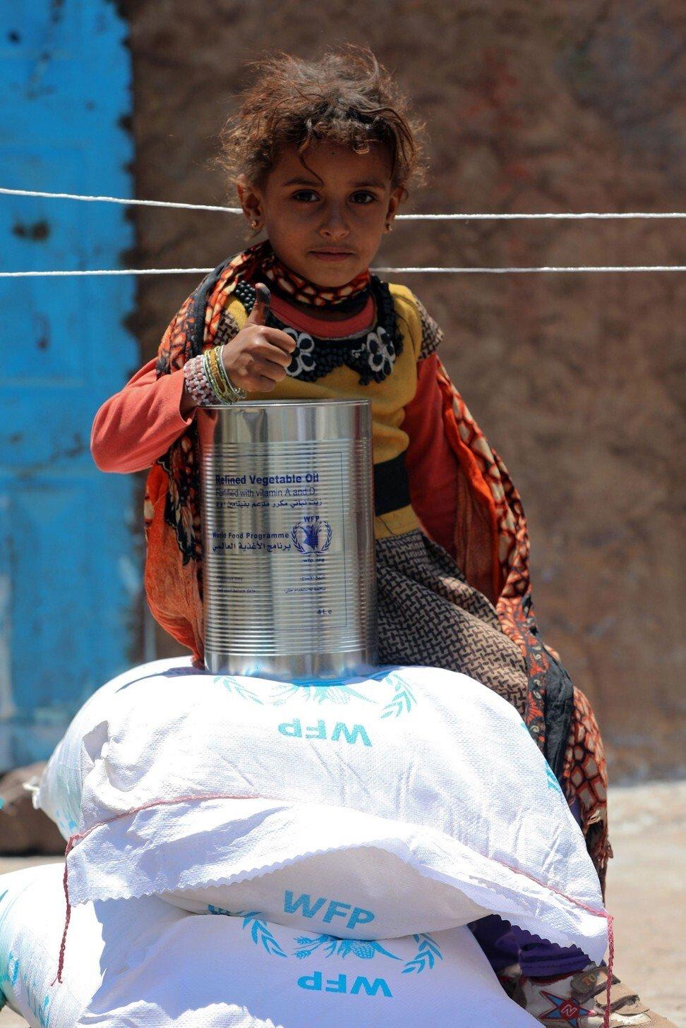 Hàng triệu người dân Yemen, trong đó có nhiều trẻ em, đang bị đói vì thiếu lương thực - Ảnh: