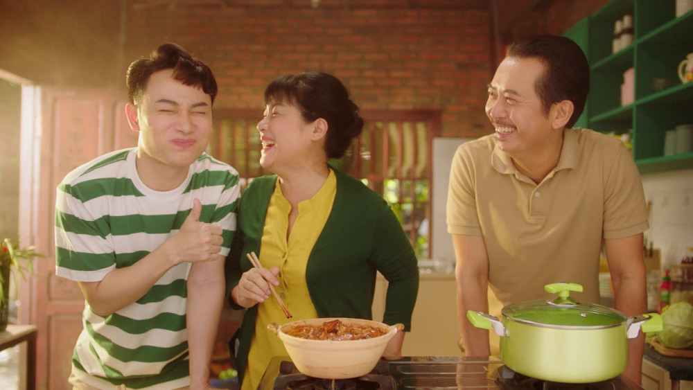 Hình ảnh trong quảng cáo Bếp ấm ngày tết