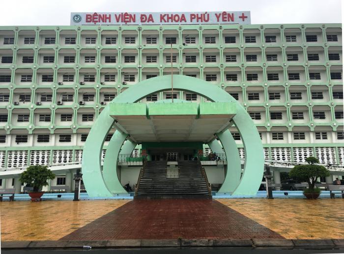 84 công nhân nhập viện nghi do ngộ độc thực phẩm đang được điều trị tại bệnh viện đa khoa Phú yên