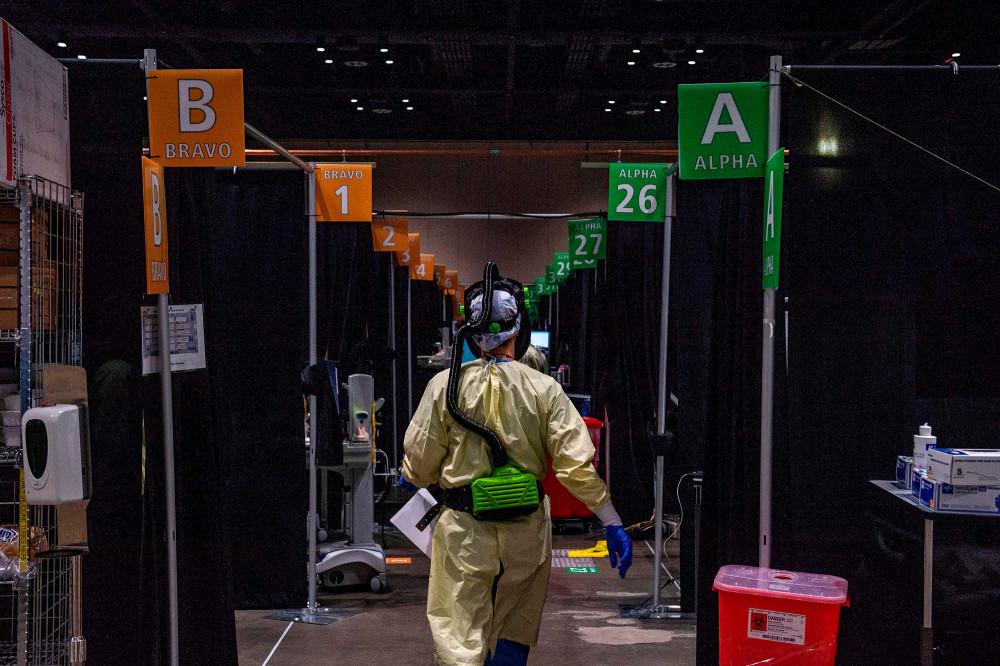 Số ca nhiễm mới virus và tử vong tăng cao tại châu Mỹ.