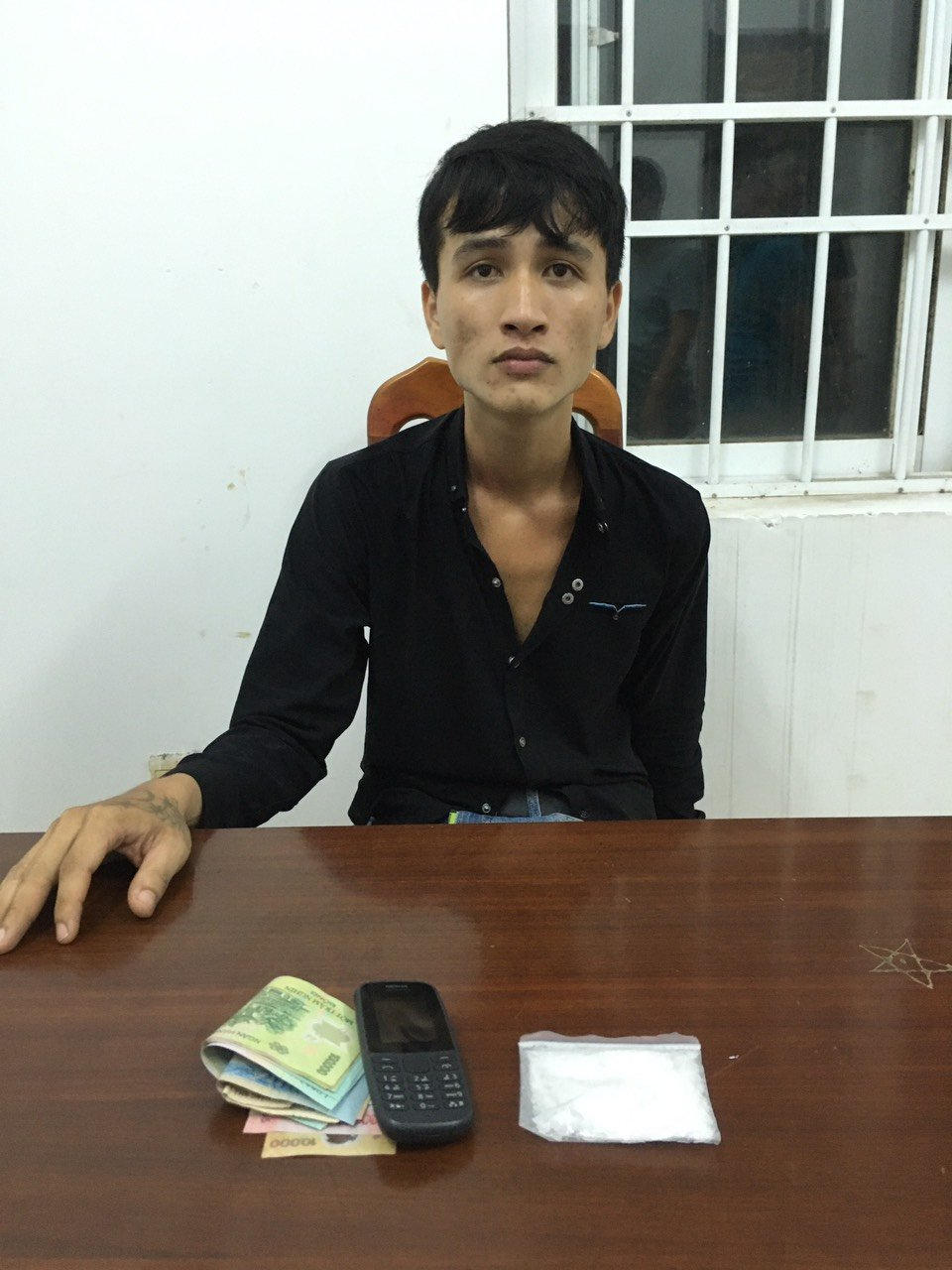 Linh khai mua ma túy về bán cho các thuyền viên tàu cá nghiện hút