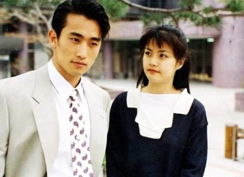 Cha In Pyo và vợ (Shin Ae Ra) nên duyên sau bộ phim Tình anh trao em.
