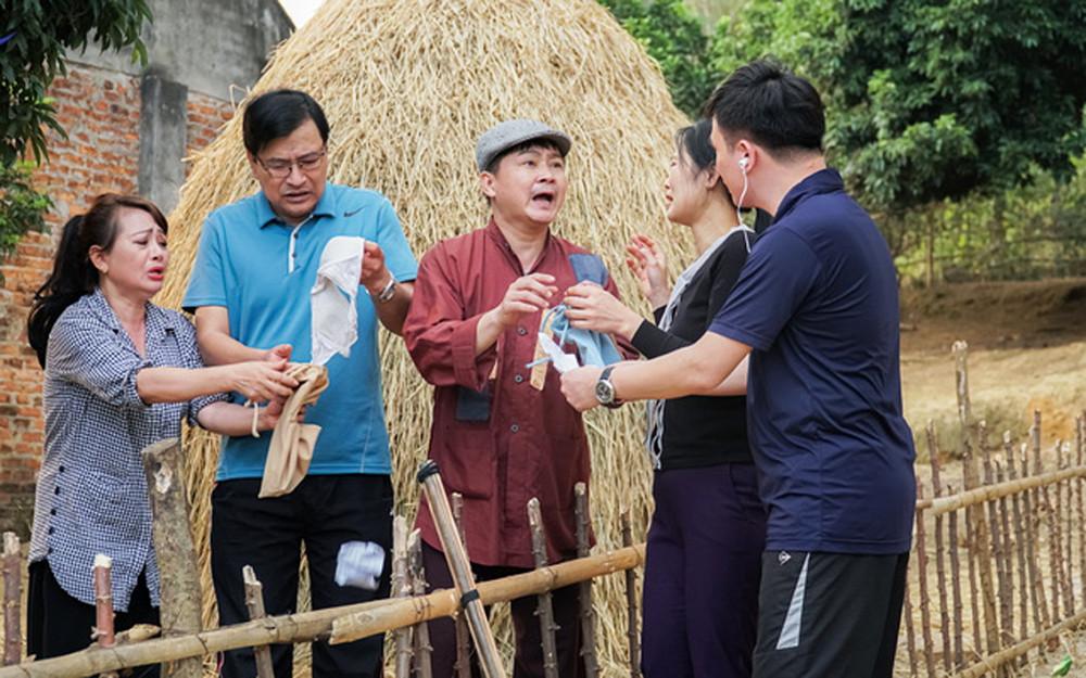 Nội dung phim có thông điệp ý nghĩa về tết Việt truyền thống, nhưng tựa phim lại phản cảm: Tết đú - Đú Tết