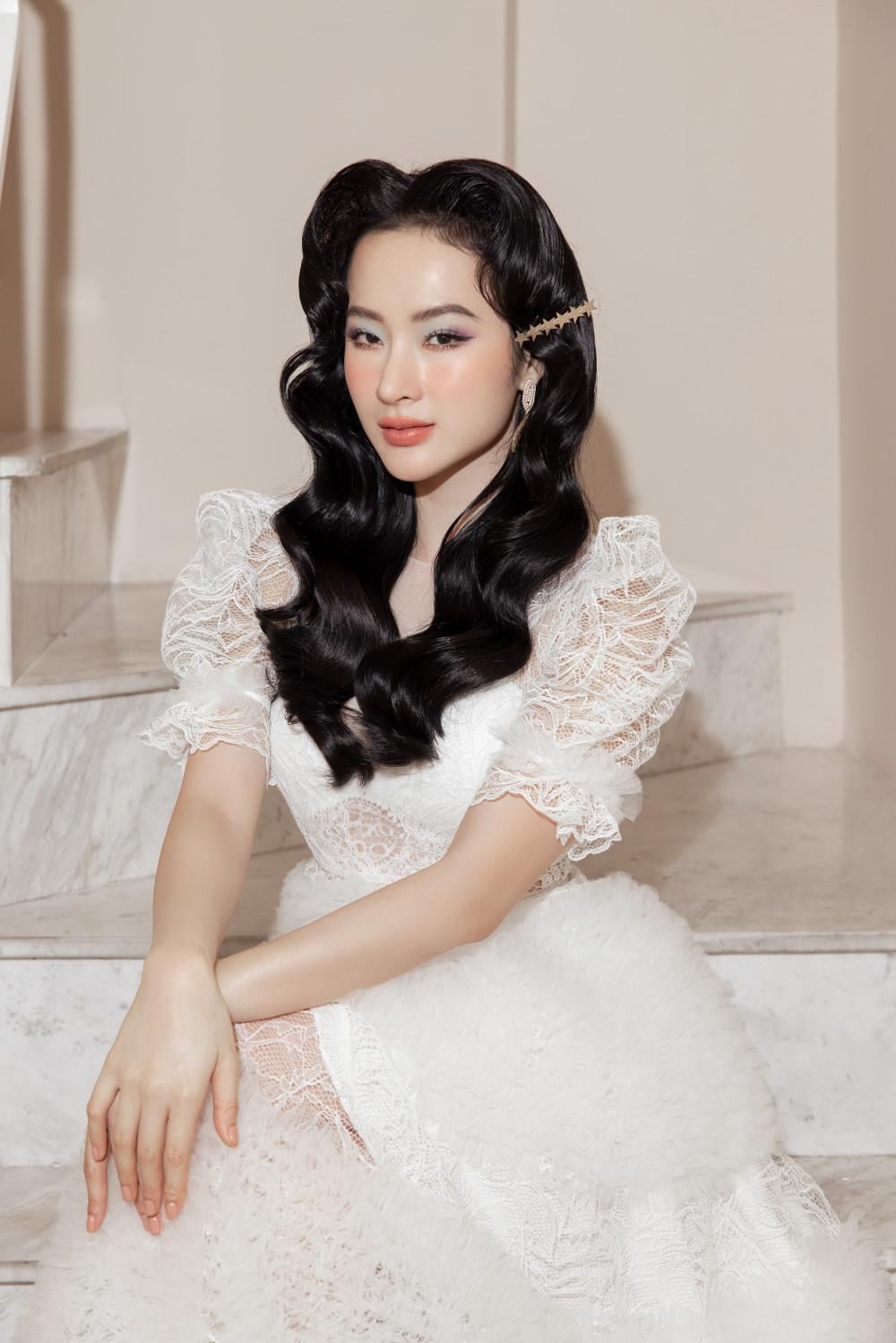 Từ nhiều lần xuất hiện trên thảm đỏ với vẻ ngoài được đầu tư, Angela Phương Trinh
