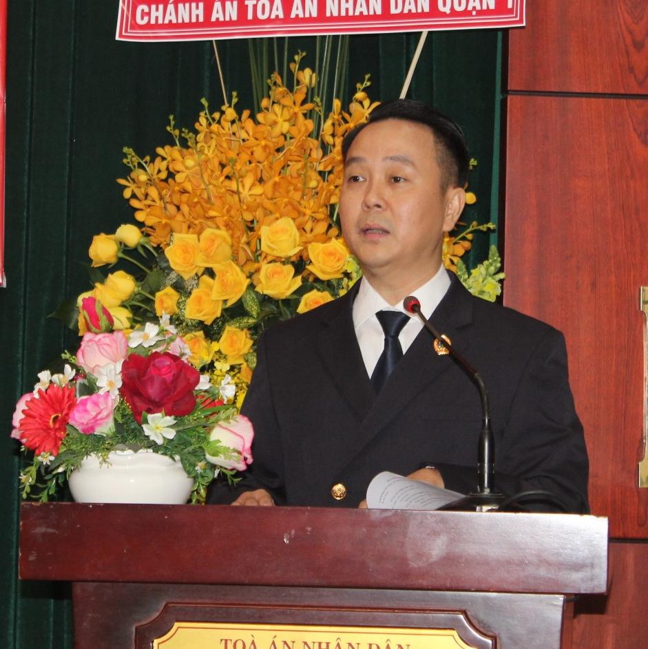 Ông Nguyễn Thành Vinh phát biểu nhận nhiệm vụ Chánh án TAND TP.Thủ Đức.