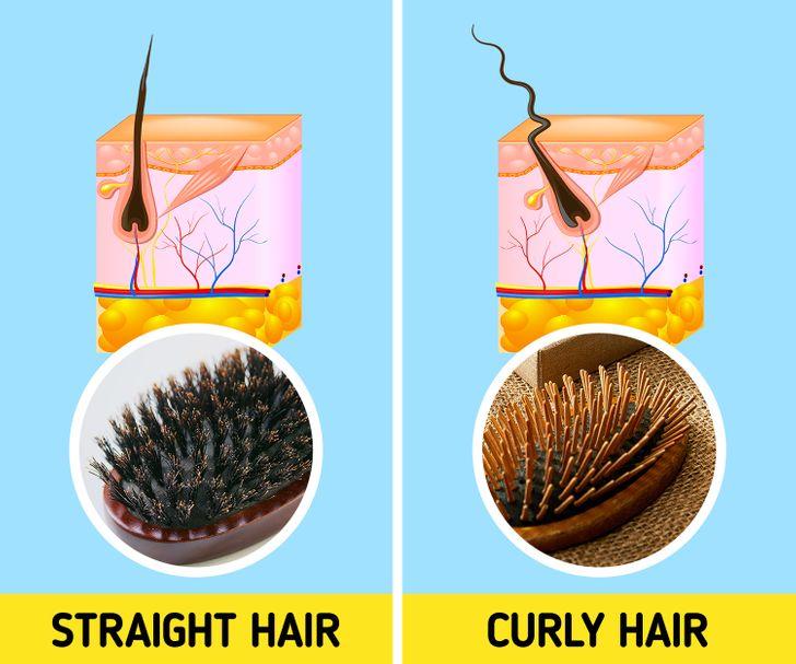 3. sử dụng sai loại lược Sử dụng loại lược phù hợp có thể giúp tóc bạn không bị gãy rụng và ngăn ngừa tình trạng tóc khó vào nếp. Nếu bạn có mái tóc xoăn gợn sóng, hãy chọn lược mái chèo vì nó sẽ dễ dàng tháo các nút thắt hơn.