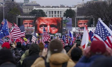 Đến nay, FBI đã bắt giữ hơn một trăm người tham gia vụ nổi dậy chiếm giữ tòa nhà Quốc hội Mỹ - Ảnh: Getty Images