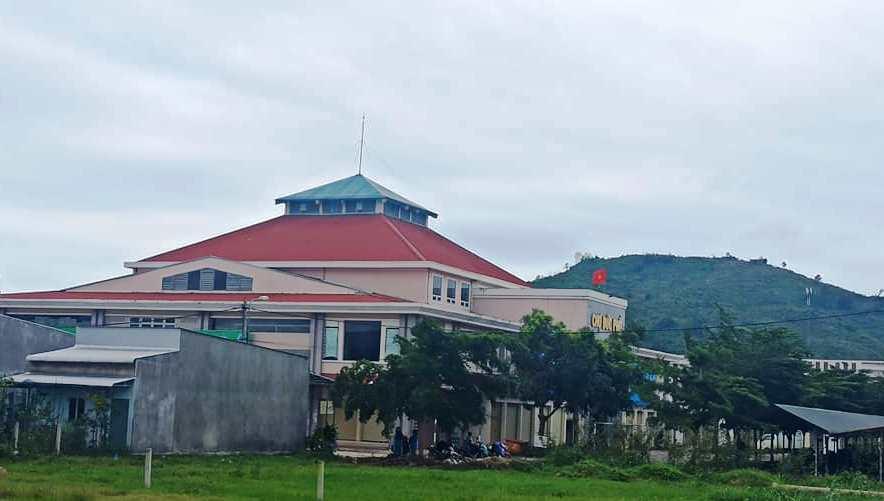 Trách nhiệm trước hết thuộc về Chủ tịch UBND các xã, phường, công chức địa chính xã phường, trong việc tham mưu để xảy ra sai sót