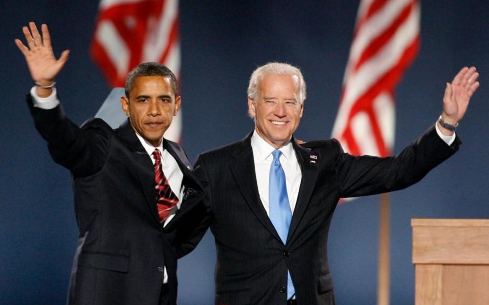 Obama và Biden khá thân thiết