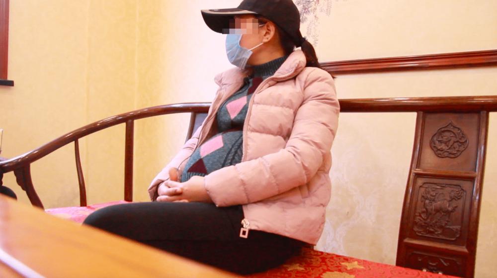 Mặc dù biết nghề mang thai hộ có thể gặp rủi ro nhưng nhiều người vẫn làm để kiếm tiền. Ảnh Sohu