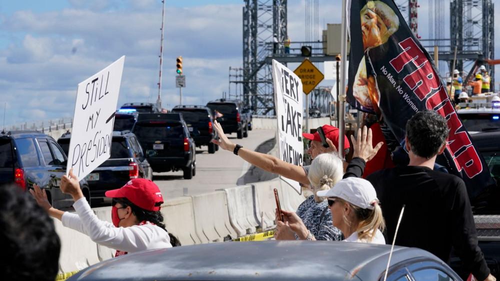 Phần lớn thành viên đảng Cộng hòa vẫn ủng hộ hành động của ông Donald Trump