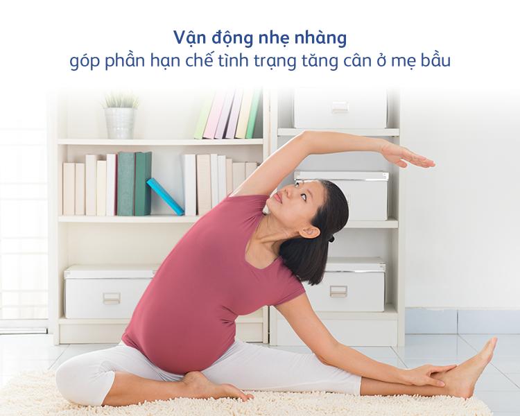 Vận động nhẹ nhàng góp phần hạn chế tình trạng tăng cân ở mẹ bầu. Ảnh: FrieslandCampina cung cấp