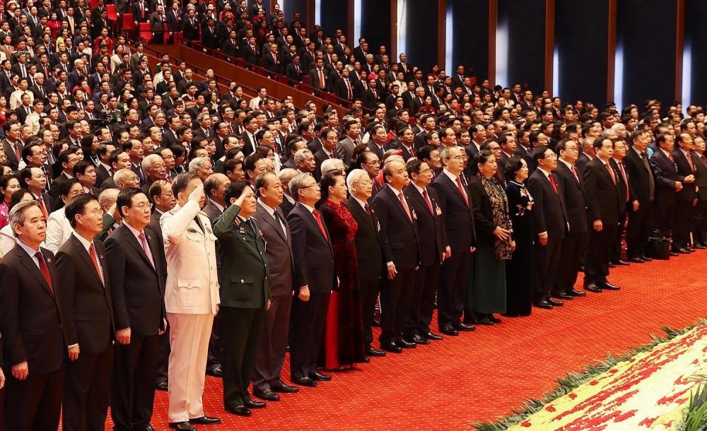 Các đại biểu thự chiện nghi thức chào cờ, khai mạc đại hội
