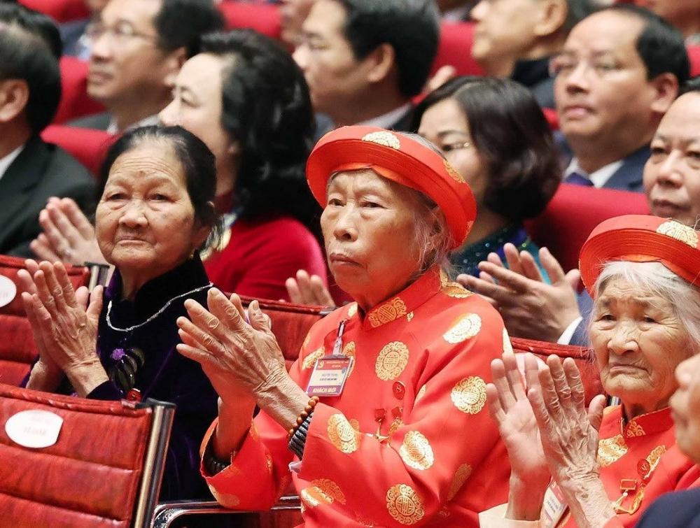 Đại hội vinh dự đón tiếp các Bà Mẹ Việt Nam Anh hùng