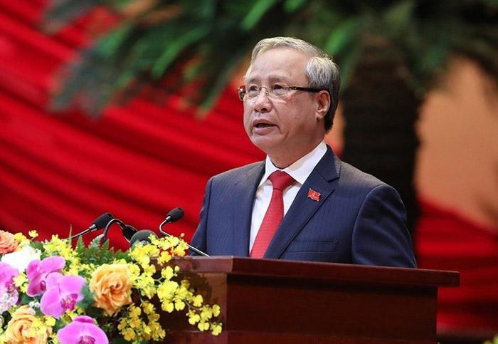 ông Trần Quốc Vượng, Ủy viên Bộ Chính trị, Thường trực Ban Bí thư trình bày Báo cáo kiểm điểm sự lãnh đạo, chỉ đạo của BCH TU khóa XII