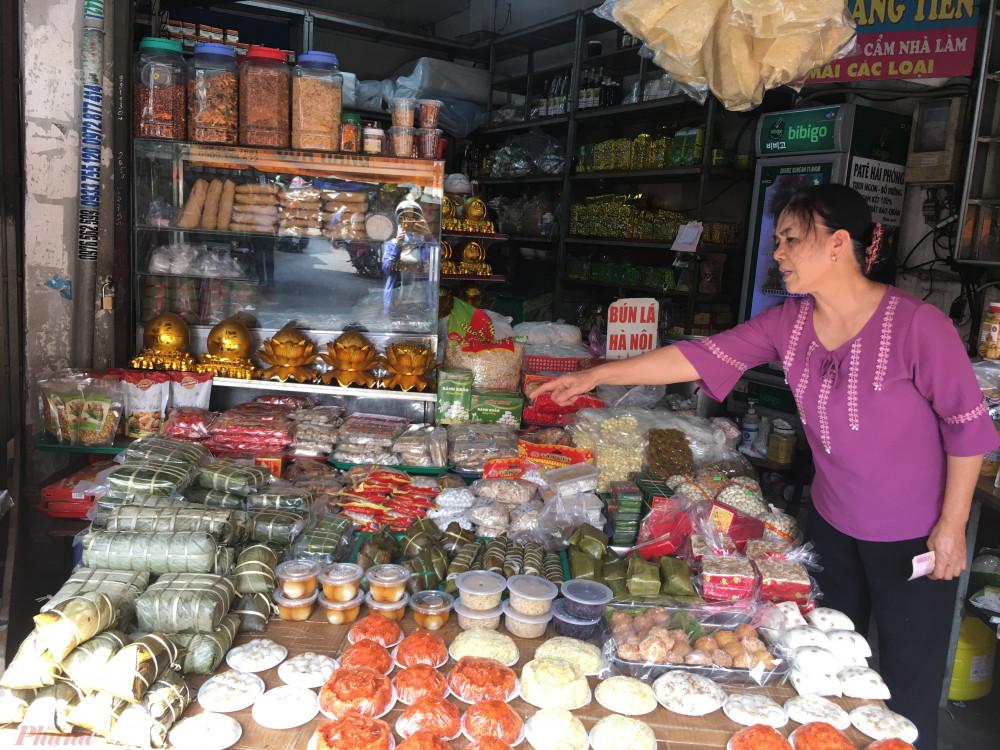 Các loại giò chả, bánh chưng đã tăng giá do giá nguyên liệu thịt heo, nếp, đậu... tăng