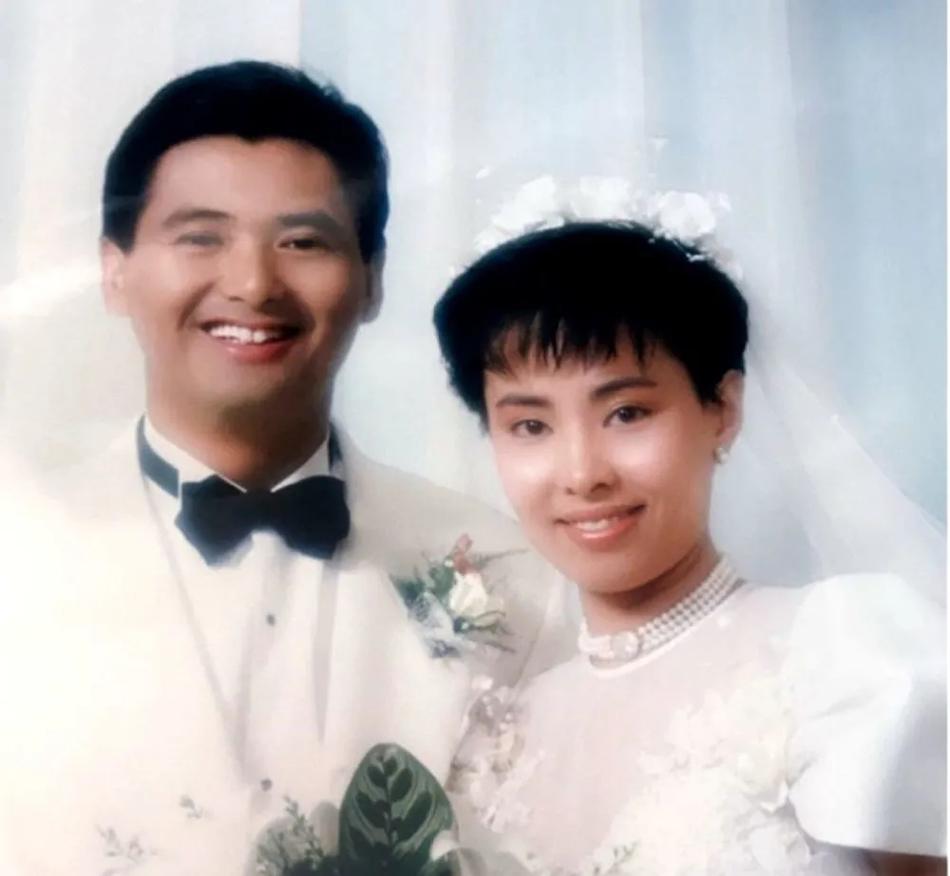 Hình ảnh thời trẻ hiếm hoi của vợ chồng Châu Nhuận Phát