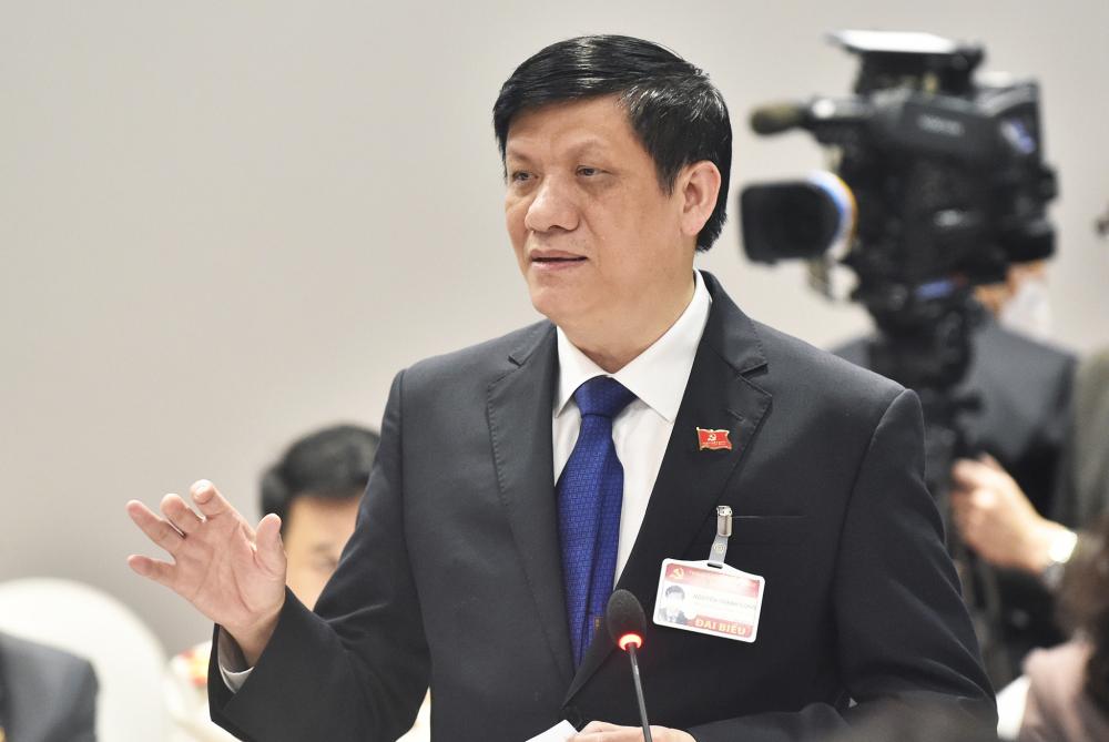 Bộ trưởng Bộ Y tế Nguyễn Thanh Long phát biểu tại cuộc họp