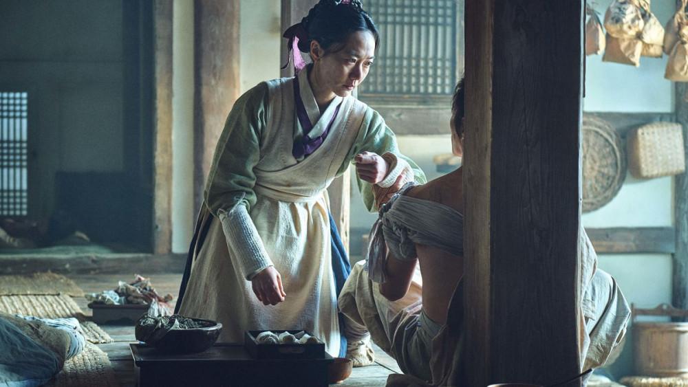 Hình ảnh trong phim Kingdom, bộ phim được chú ý trong năm 2020 trên Netflix.