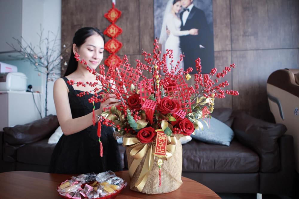 Ca sĩ Sara Lưu trổ tài