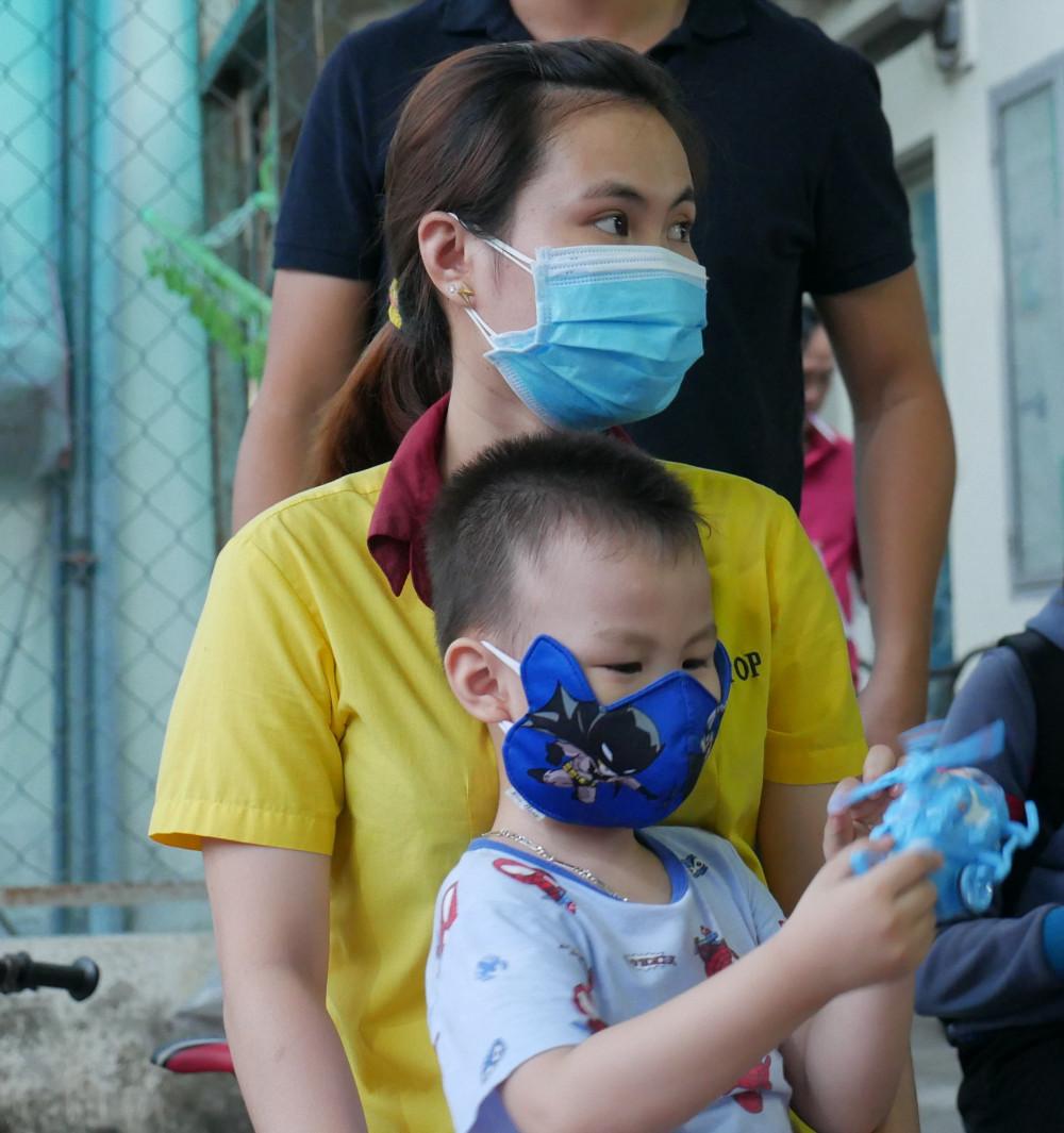 Tết năm nay vợ chồng chị Thu cũng ở lại TPHCM đón Tết