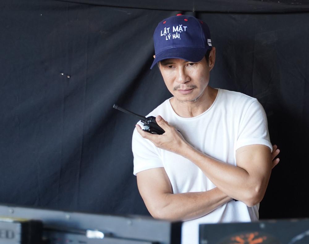 Đạo diễn Lý Hải lao đao vì phim Lật mặt: 48h dời chiếu lần 2.