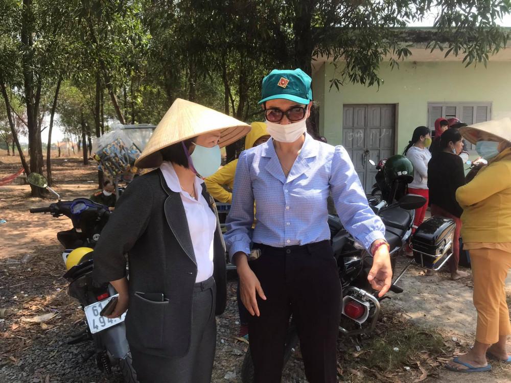 Bà Nguyễn Thu Cúc, chủ tịch UBND TP Thủ Dầu Một có mặt tại hiện trường