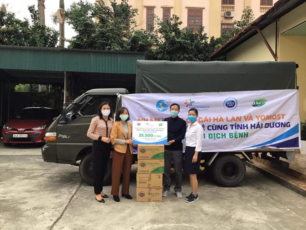 Gần 40.000 đơn vị sữa đang được trao gửi đến các y bác sĩ tuyến đầu và người dân tại các khu vực cách ly ở tỉnh Hải Dương. Ảnh: CGHL cung cấp
