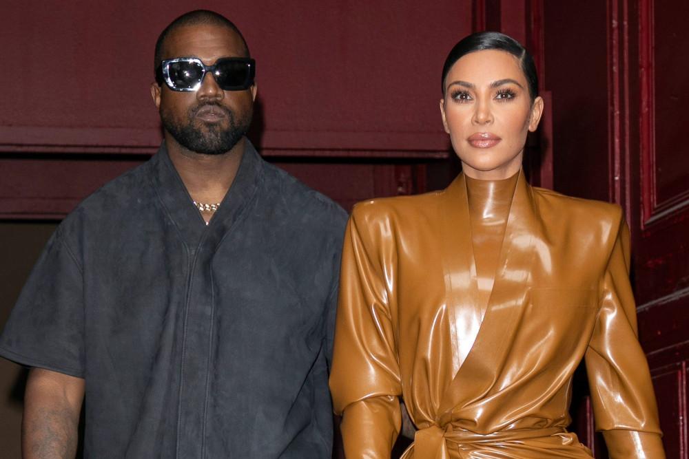 Vợ chồng Kanye West là một trong những gia đình quyền lực tại Hollywood vì sức ảnh hưởng lớn trên mạng xã hội.