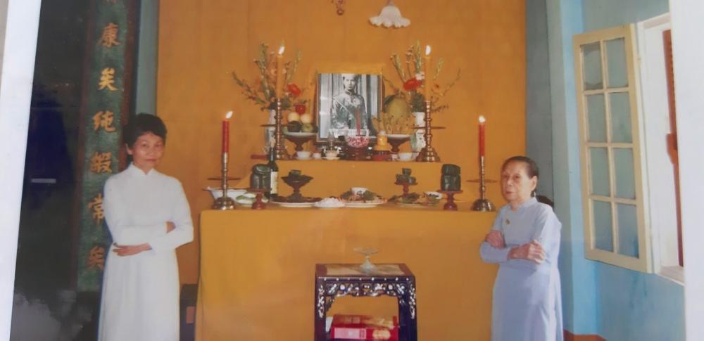 Bà Dinh tại Phủ Kiên Thái Vương