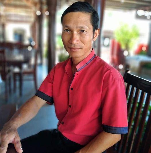 Anh Phạm Văn Phó khi làm việc ở nhà hàng Mỹ Khê - Ảnh: Gia đình cung cấp