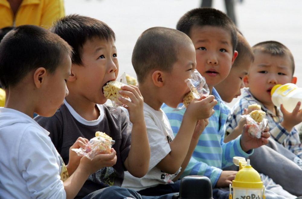 Người ta cho rằng, sự mất cân bằng giữa nam và nữ ở Trung Quốc là kết quả của chính sách một con