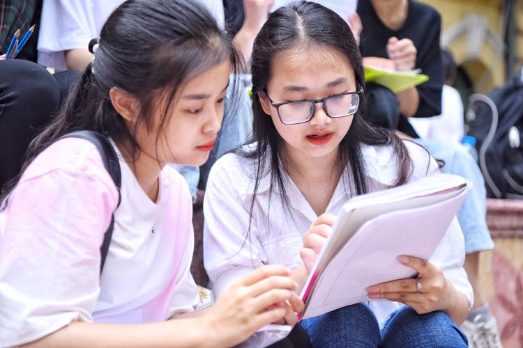 Việc đề xuất giảm môn thi vào lớp 10 tại Hải Phòng nhận được sự ủng hộ của nhiều phụ huynh và học sinh