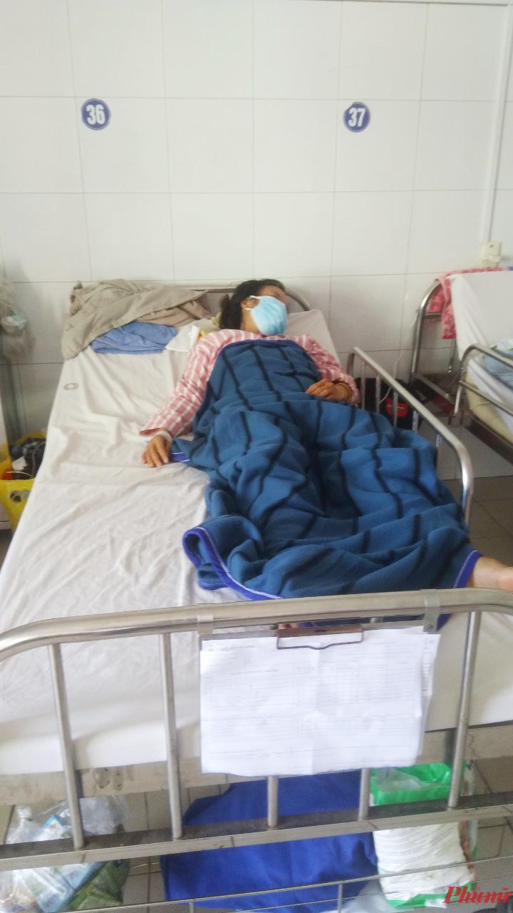 Chị Tâm đang được tích cực điều trị sau khi may mắn thoát chết
