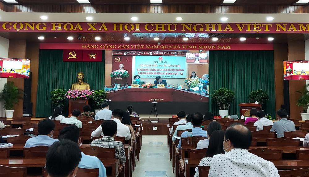 Điểm cầu TPHCM tham gia Hội nghị trực tuyến tập huấn nghiệp vụ bầu cử của Bộ Nội vụ.