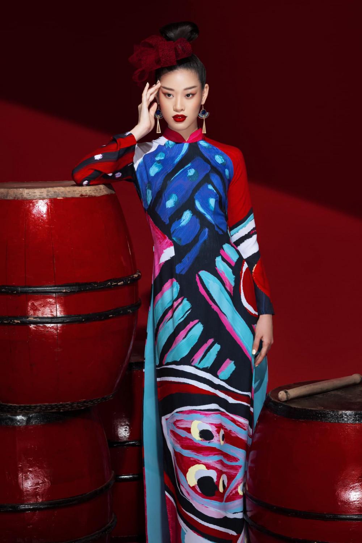 Hoa hậu Khánh Vân trong BST Sắc màu hạnh phúc, lấy cảm hứng từ hội hoạ