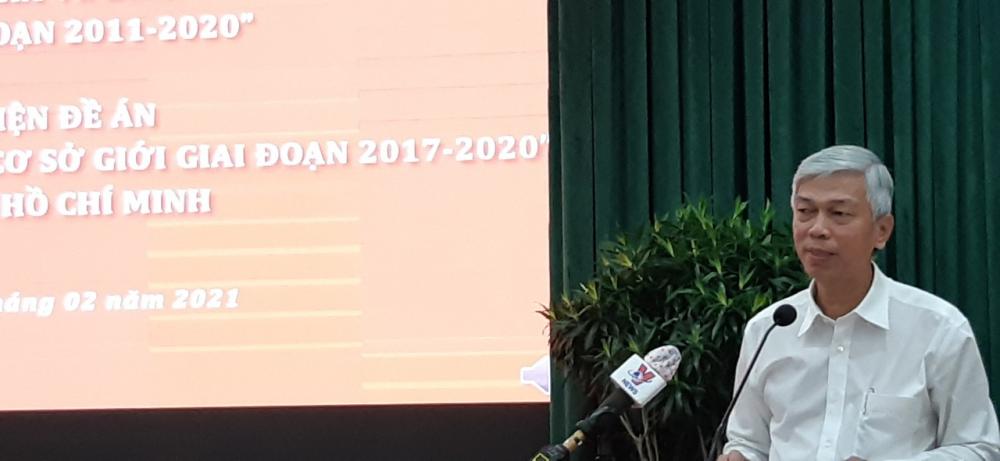 Phó Chủ tịch UBND TPHCM -Trưởng Ban Vì sự tiến Bộ Phụ nữ TPHCM Võ Văn Hoan phát biểu tại hội nghị.