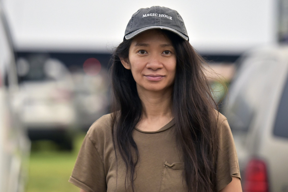 Đạo diễn Chloé Zhao dẫn đầu danh sách đạo diễn xuất sắc cho mùa giải thưởng 2021.