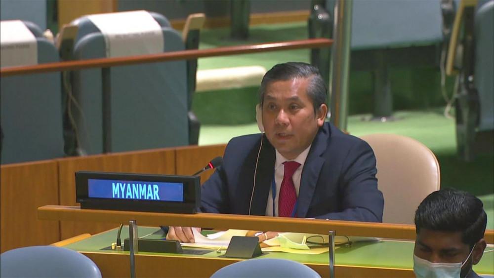 Ông Kyaw Moe Tun có bài phát biểu dũng cảm khi lên án hành động đảo chính của quân đội trước Đại Hội đồng Liên Hiệp Quốc