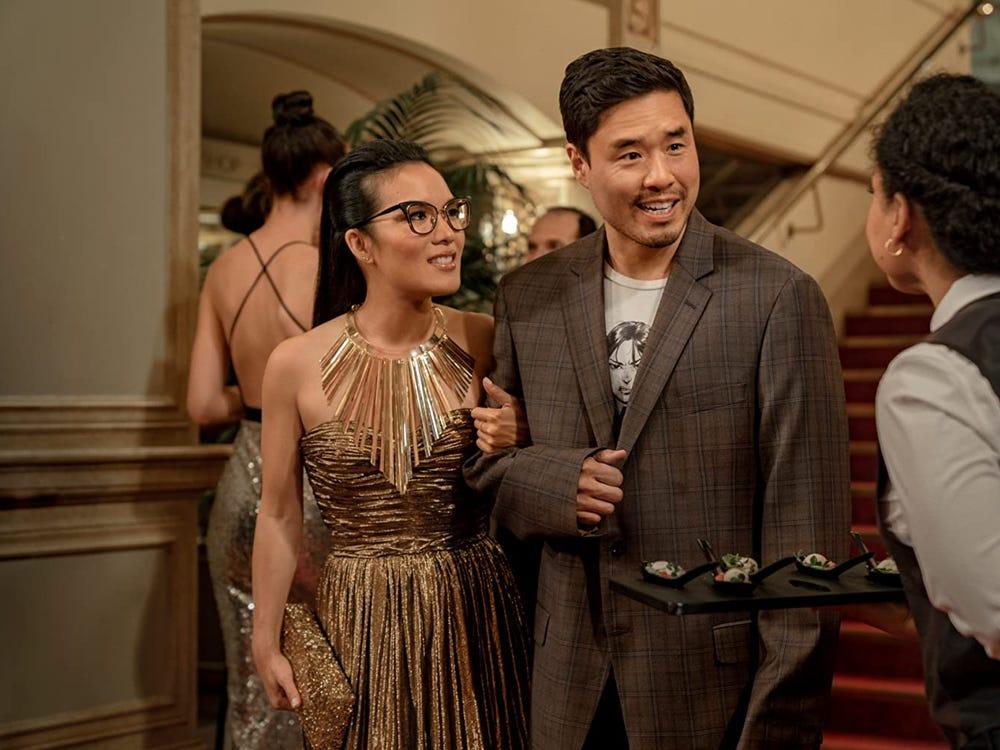 Ali Wong và diễn viên Randall Park trong bộ phim Always Be My Maybe của nữ đọa diễn Nahnatchka Khan.