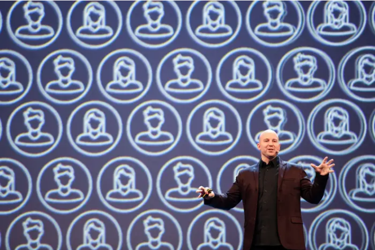 Andrew Bosworth, Phó chủ tịch mảng thực tế ảo và tăng cường của Facebook