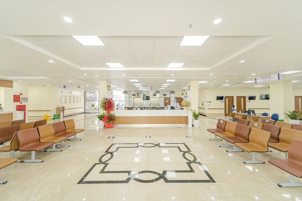 Khuôn viên rộng rãi, sang trọng của Bệnh viện Đa khoa Tâm Anh TPHCM