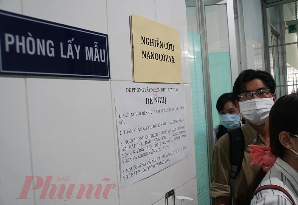 Tình nguyện viên ở Long An được tiêm thử nghiệm vắc xin