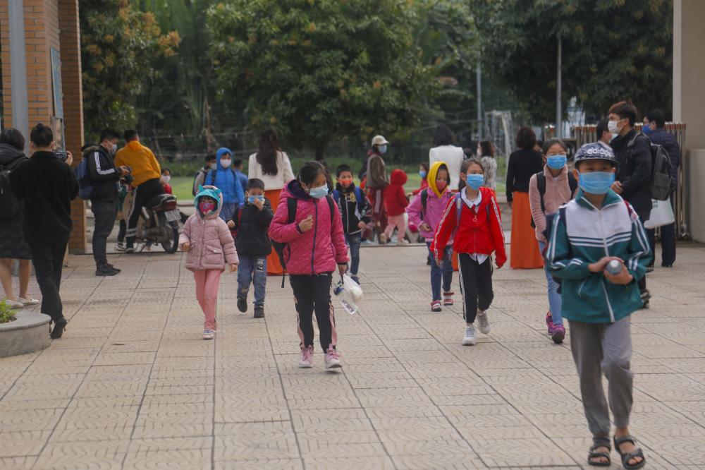 trường Tiểu học Xuân Phương, Hà Nội đón học sinh trở lại.