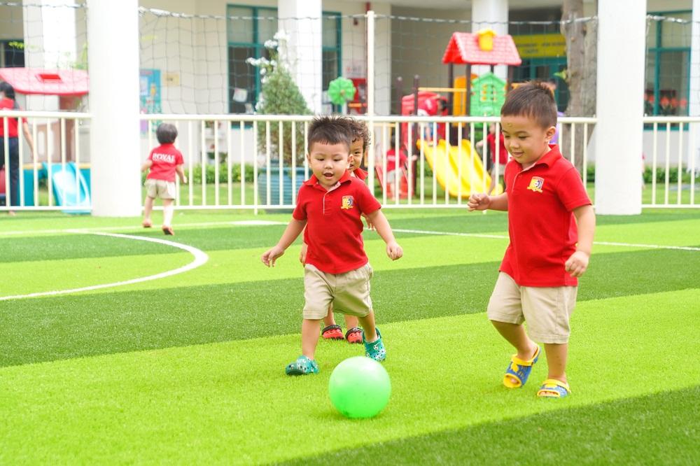 Các bé của Trường mầm non KinderStar (thuộc hệ thống của Royal School) cũng đã trở lại trường với nhiều niềm vui. Ảnh: Royal School cung cấp