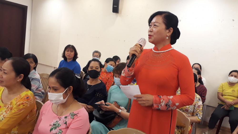Cô Nguyễn Thị Ngọt cho rằng, công dung ngôn hạnh của phụ nữ ngày nay là sự tự tin, khéo léo để chồng con tự hào tin, khéo léo