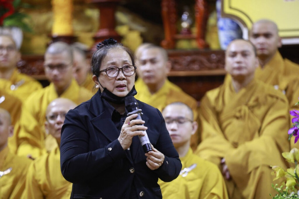 Mẹ ca sĩ Vân Quang Long - bà Nhâm Thị Tư
