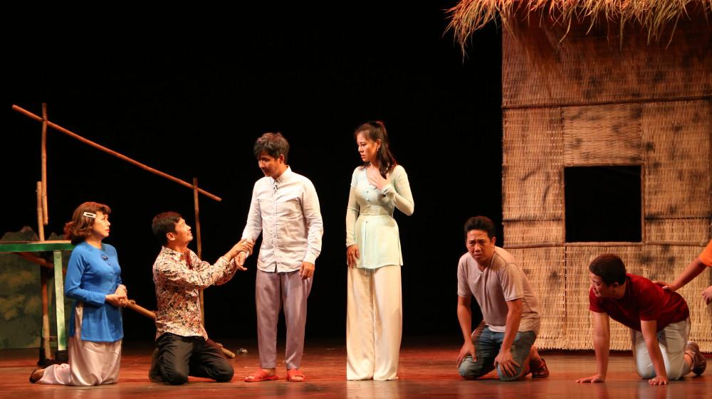 Nghệ thuật biểu diễn sân khấu là một trong hai ngành được đặt chỉ tiêu thấp nhất trong 8 ngành được chọn
