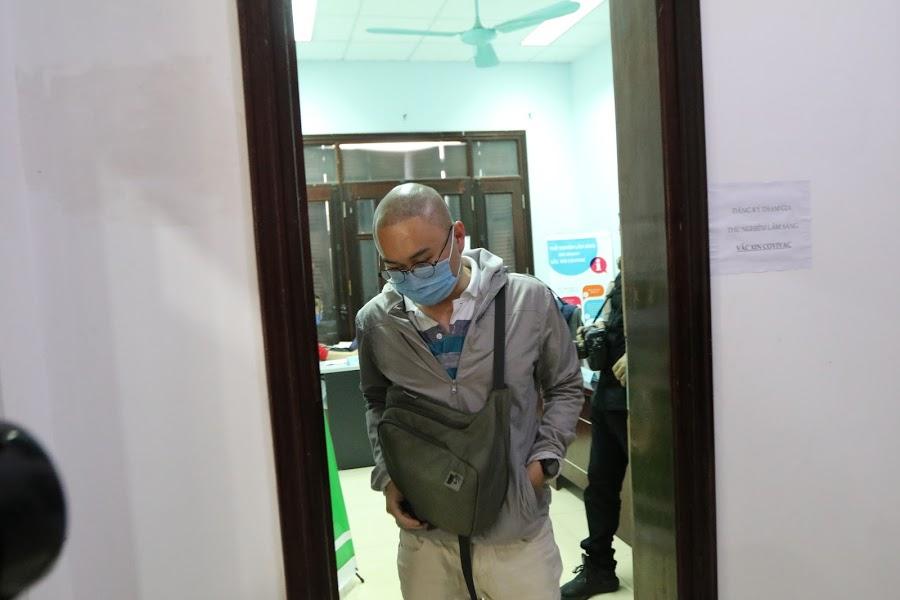 Anh P.N.P.Q là học viên của trường đại học y Hà nội đến đăng kí trực tiếp\ thử nghiệm vắc -xin